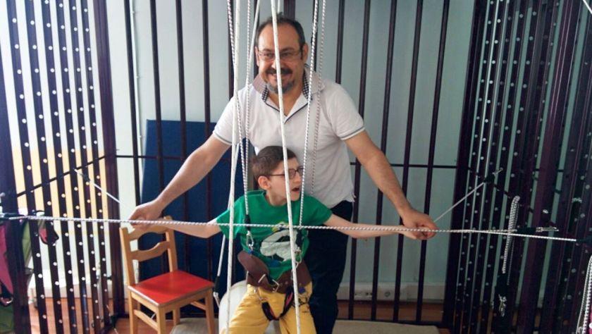 'Uzay terapisi' engellilere umut - Hürriyet - 2008